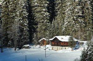 Détails : Les Dix Sens: Chambres d'hôtes - Au coeur des Alpes - 20 min de Sion - Pralong - Valais - Suisse